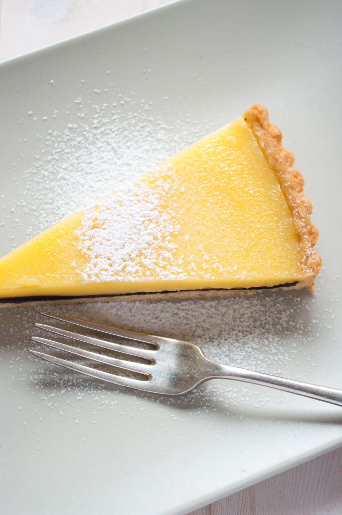 Lemon tart with a surprise! - Delicious from scratch