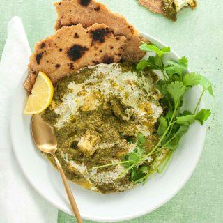 Spinach halloumi curry (palak halloumi)