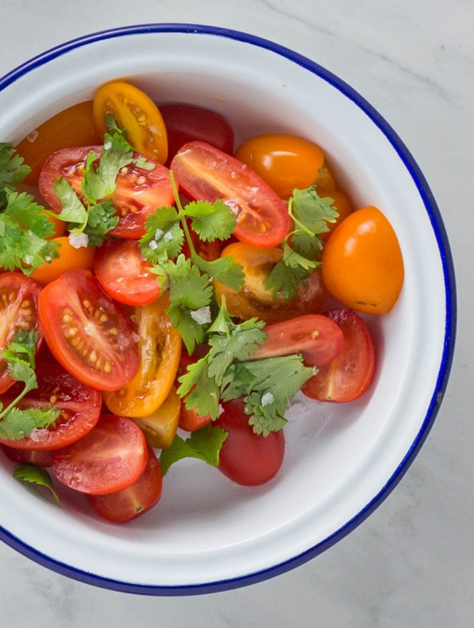 Fresh tomato salsa with garlic and lemon recipe